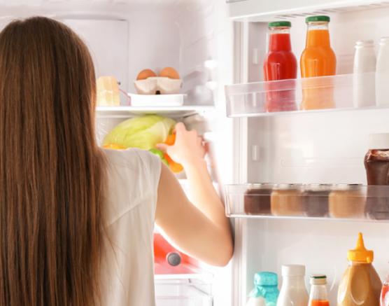 Consigli per organizzare bene il proprio frigo ed eliminare gli sprechi